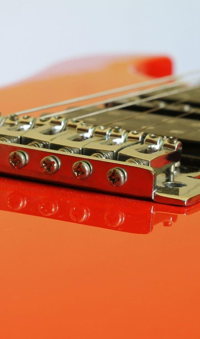 guitar-586161_1920